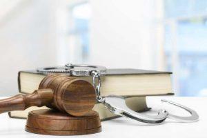 כיצד לבחור עורך דין פלילי מוביל